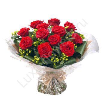 Букет роз 101 бордовая, обычаи с ловлей букета на свадьбе